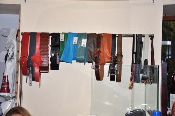 Магазин женской обуви-сумок-аксессуаров DESSA г.Апатиты ул. Ферсмана дом 10
