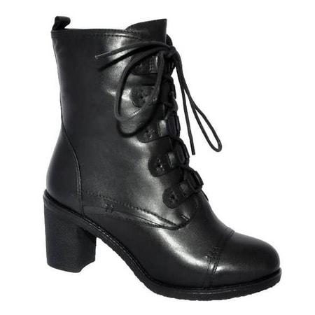 Модельеры марки создают обувь в классическом, уличном Wilmar (Вилмар) -